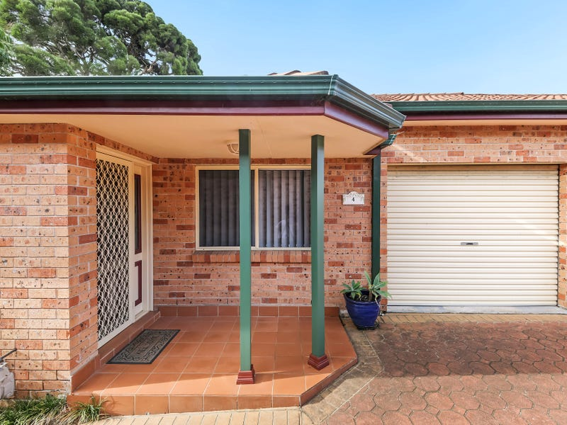 4/6 Iona Place, Bass Hill, NSW 2197
