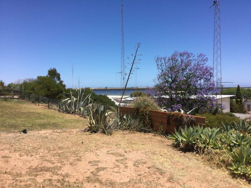 105 Fisherman Bay Rd, Port Broughton, SA 5522