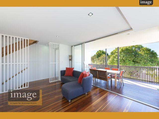 104 Hardgrave road, West End, Qld 4101