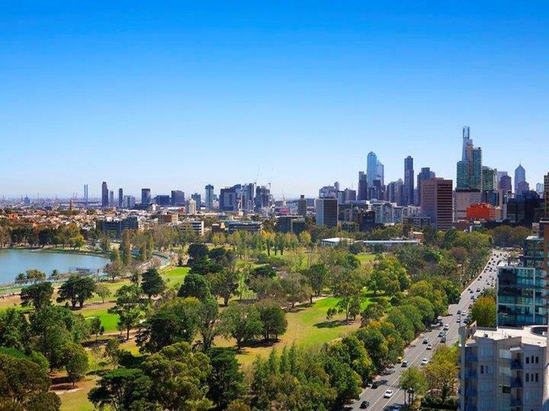 12A/29 Queens Road, Melbourne, Vic 3004