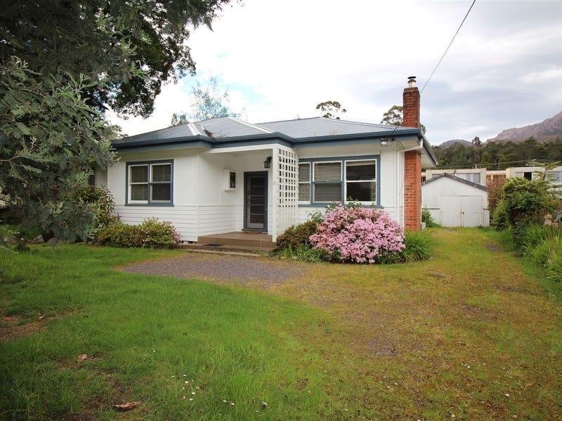18 Jakins Street, Queenstown, Tas 7467
