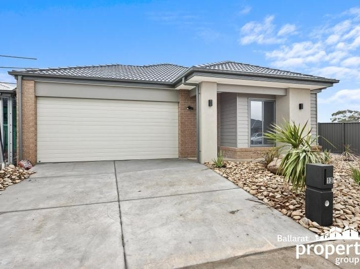 12 Limetree Way, Lake Gardens, Vic 3355