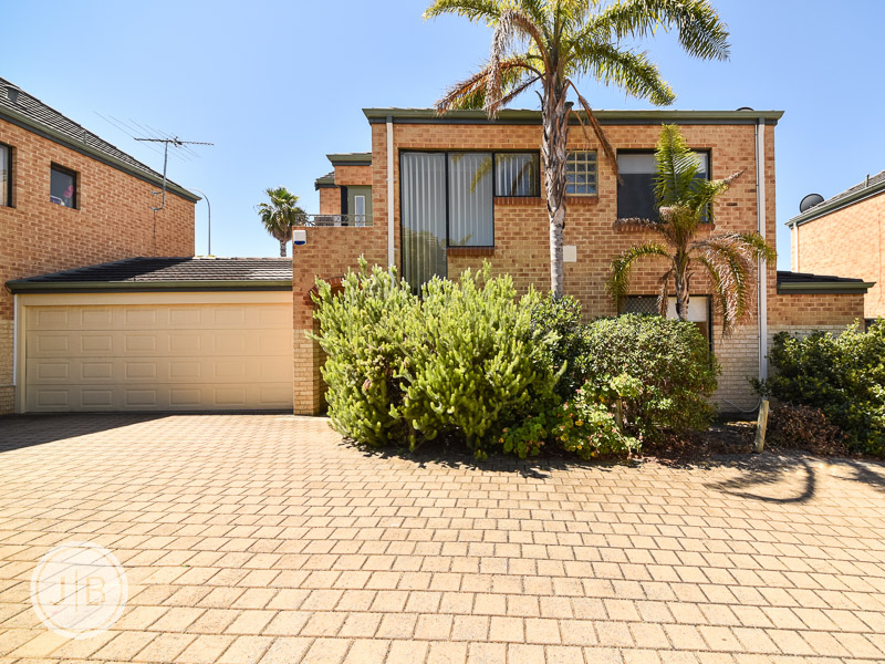 7/8 Sleat Road, Mount Pleasant, WA 6153