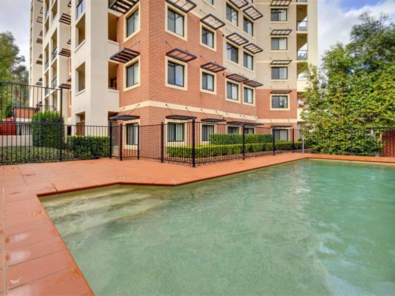 5/6-8 College Crescent, Hornsby