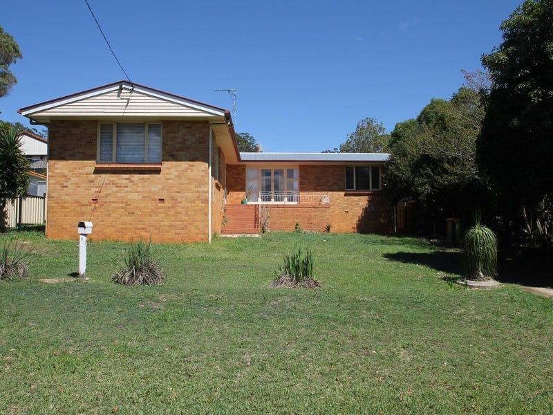 2 Ross Street, Mount Lofty, Qld 4350