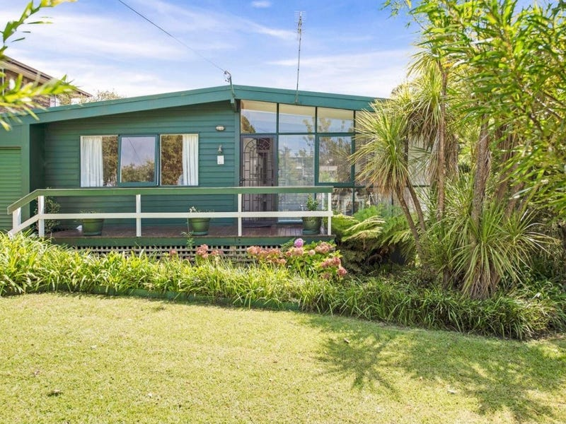 10 Clissold Street, Mollymook, NSW 2539
