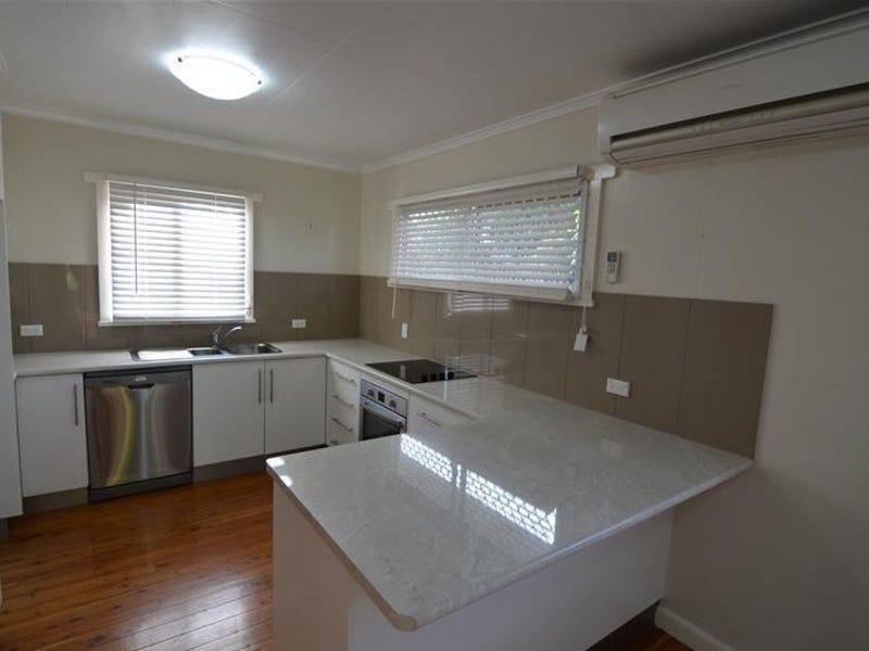 29 Talinga Street, Mount Lofty, Qld 4350