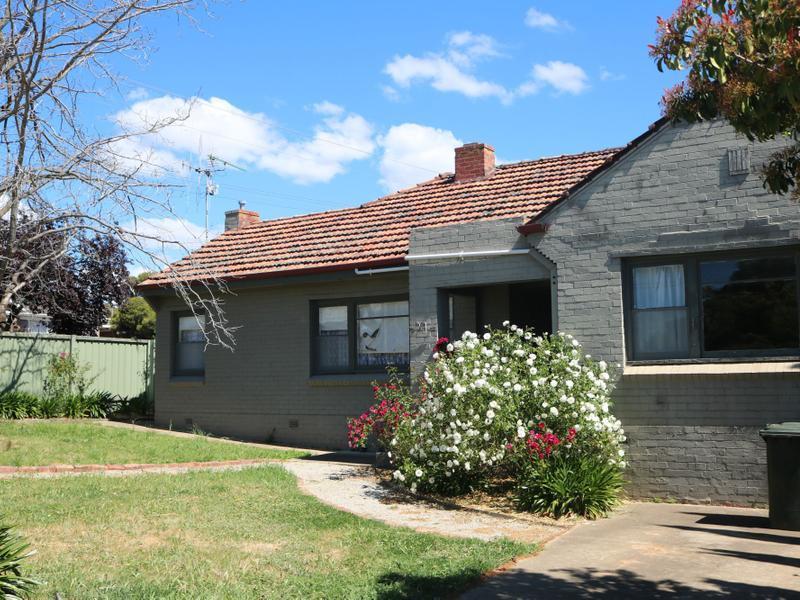 20 Bendigo Crescent, Flora Hill, Vic 3550