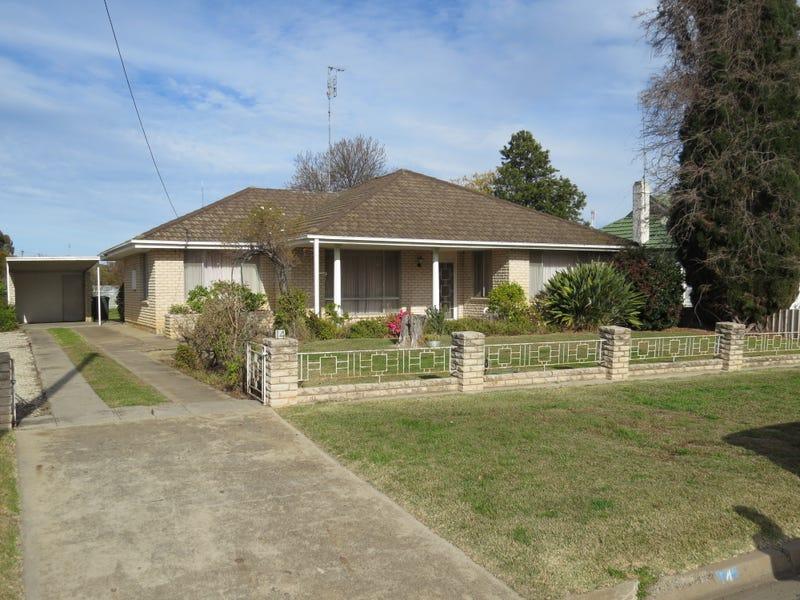 14 MAHONGA STREET, Jerilderie, NSW 2716
