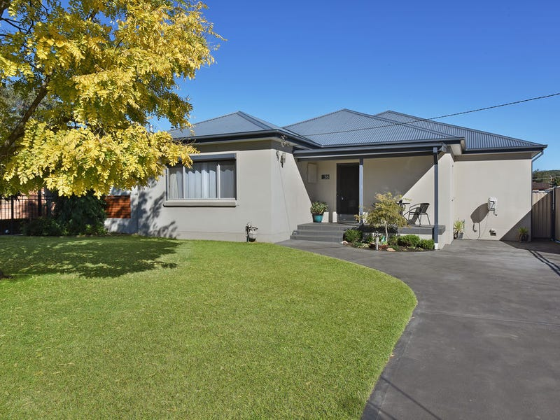 38 RIFLE PARADE, Lithgow, NSW 2790