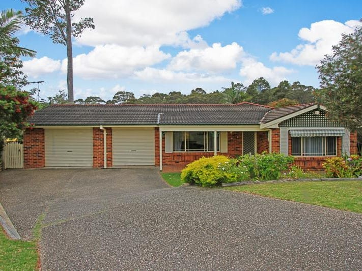 13 Caley Pl, Sunshine Bay, NSW 2536
