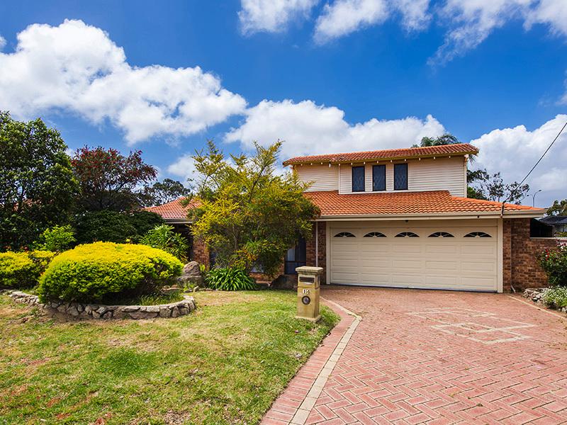 14 Earlston Way, Booragoon