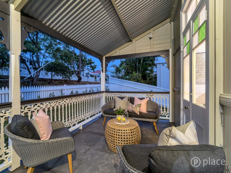 24 Fairfax Street, Red Hill, Qld 4059