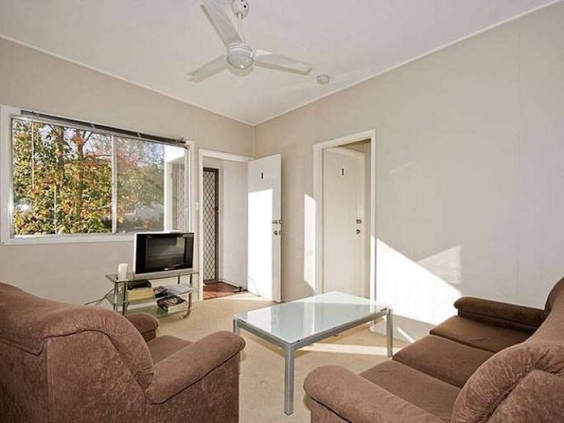 1/141 Witton Road, Indooroopilly, Qld 4068