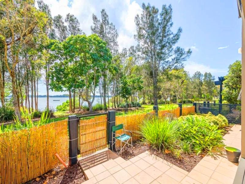 115/8 Spinnaker drive, Sandstone Point, Qld 4511