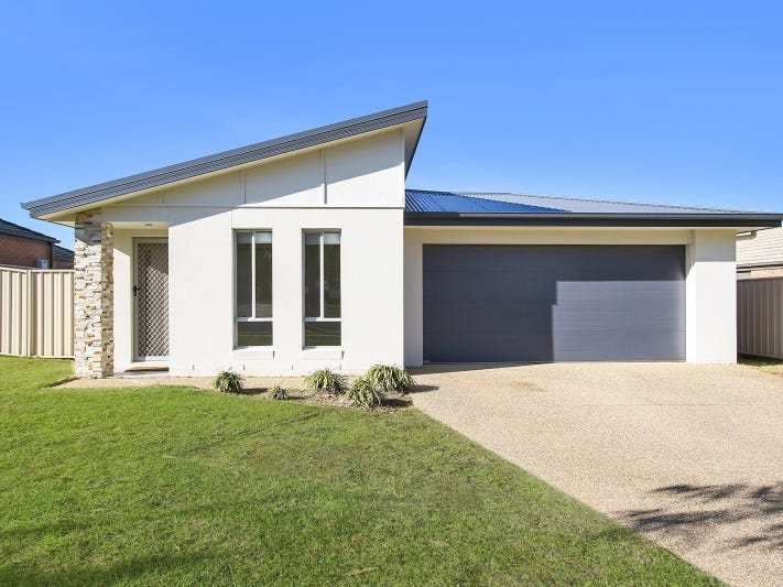 52 Greta Drive  Hamilton Valley, Lavington, NSW 2641