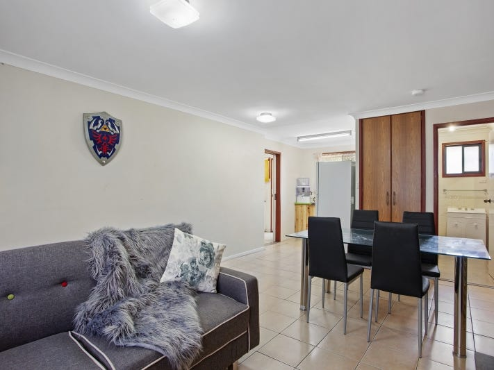 Unit 2, 7 Damian Crescent, Kearneys Spring, Qld 4350