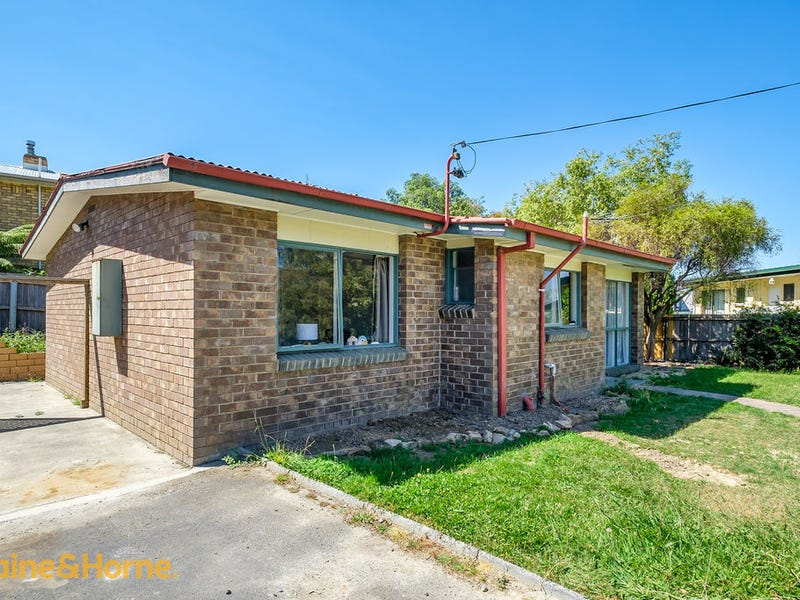 2/158 Roslyn Avenue, Blackmans Bay, Tas 7052