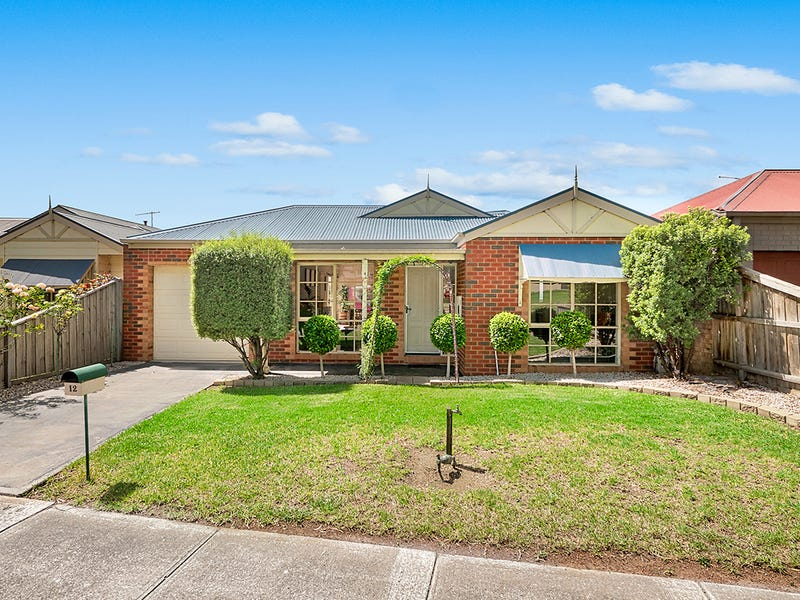 12 Waterbush Crescent, Lyndhurst, Vic 3975