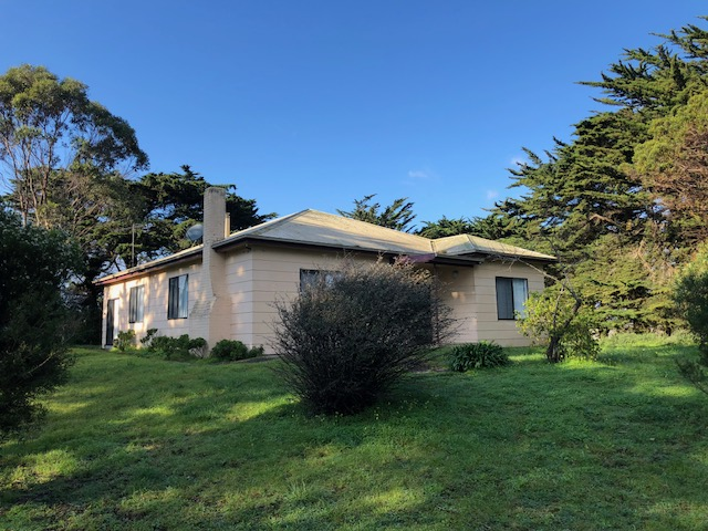 4 Rifle Range Road, Currie, Tas 7256