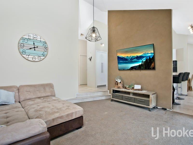 4/11 Woolpack Street, Elderslie, NSW 2570