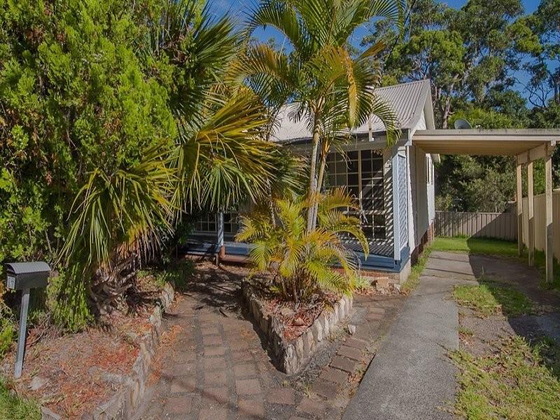 17 Pinaroo Road, Gwandalan, NSW 2259