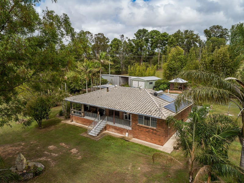 561 McIntosh Creek Rd, McIntosh Creek, Qld 4570