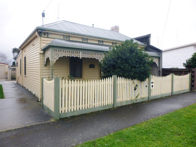 315 Armstrong Street North, Soldiers Hill, Vic 3350