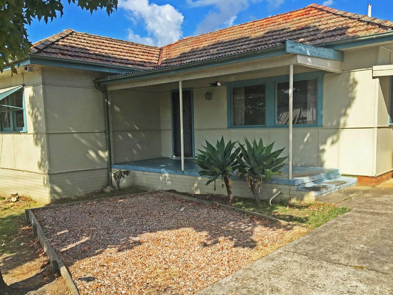 28  Grantham Road, Seven Hills, NSW 2147