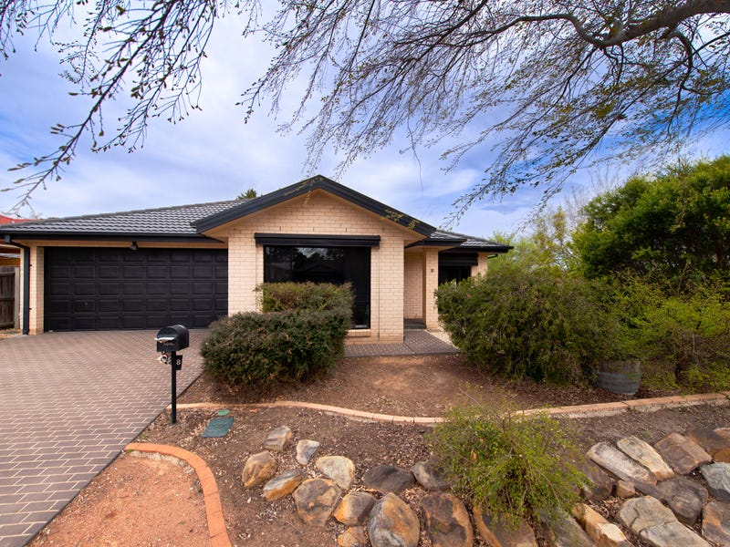 8 Mary Hall Circuit, Dunlop, ACT 2615