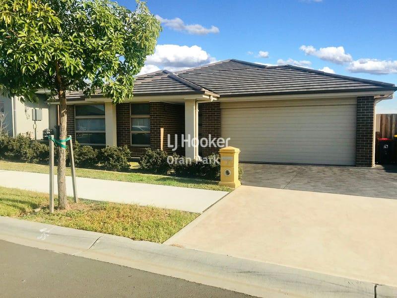 32 Skaife Street, Oran Park, NSW 2570