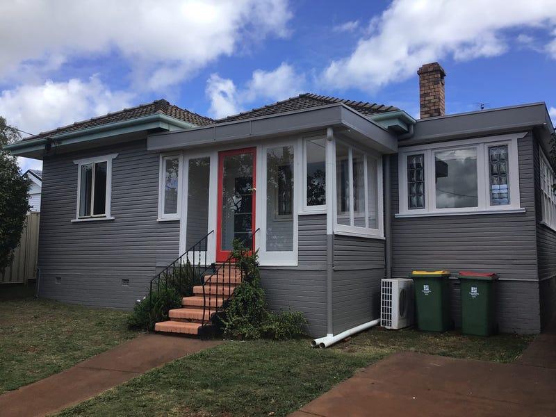 27 Drayton Road, Toowoomba City, Qld 4350