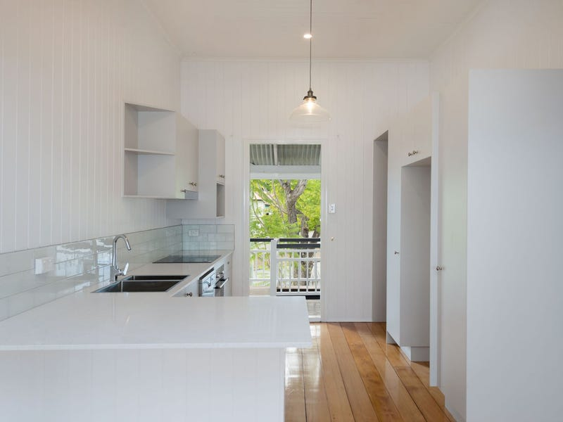133 Swann Road, Indooroopilly, Qld 4068