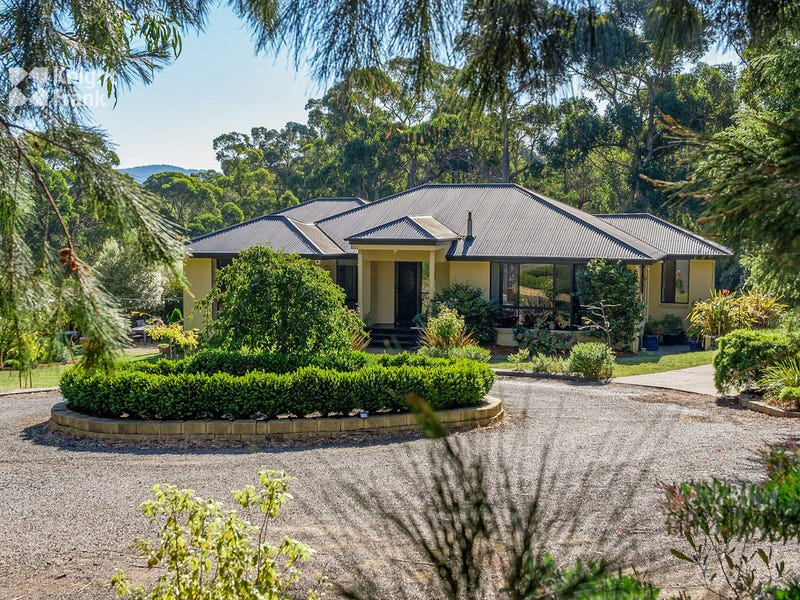 38 Golden Grove Drive, Blackmans Bay, Tas 7052