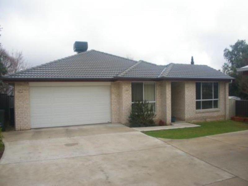 2/11 Rawson Ave, Tamworth, NSW 2340