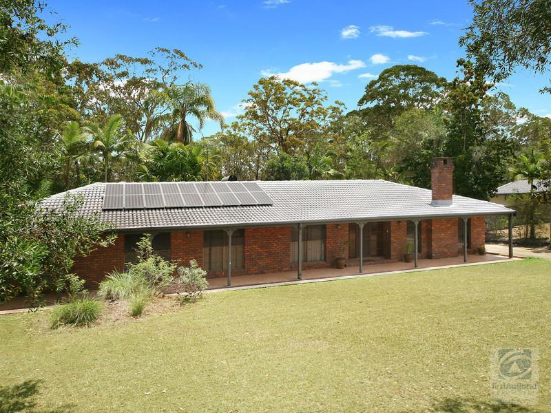 9 Koala Court, Little Mountain, Qld 4551