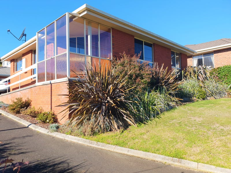 2/29 Mooreville Road, Park Grove, Tas 7320