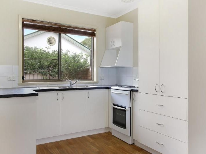 1/388 Kaitlers Road, Lavington, NSW 2641
