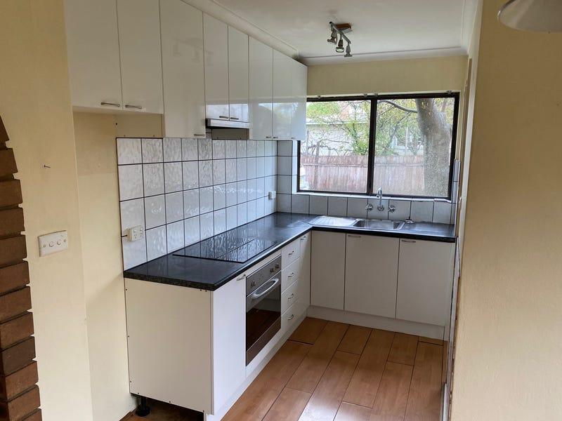 1/53 Atkinson Street, Queanbeyan East, NSW 2620