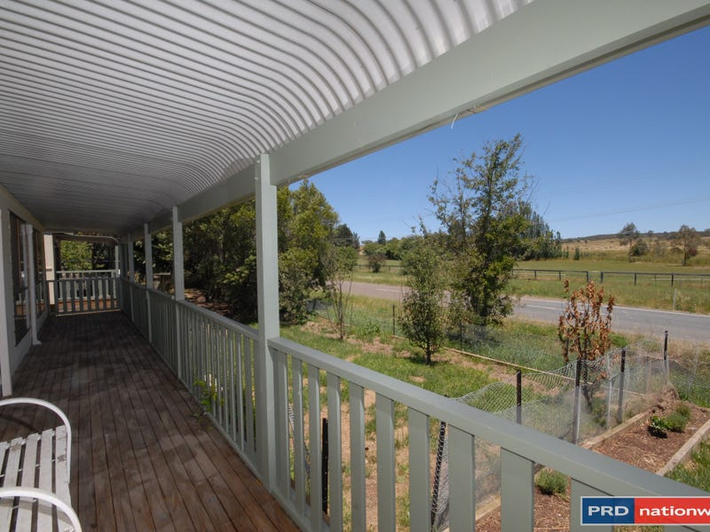 2 Middle Street, Sutton, NSW 2620