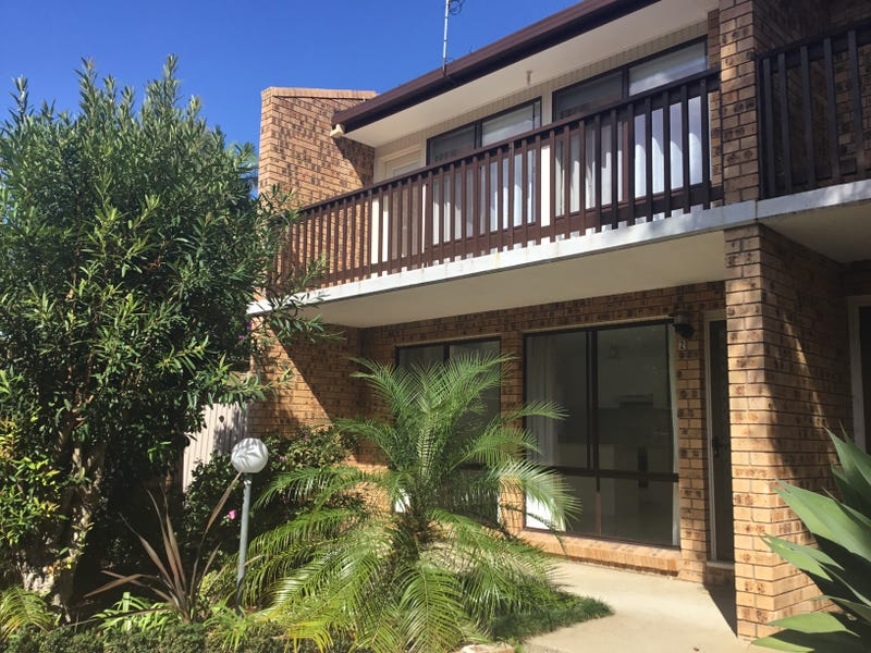 2/7 Beechwood Court, Sunshine Bay, NSW 2536