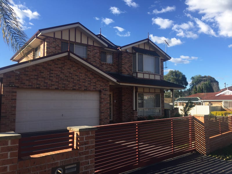 44B Edinburgh Circuit, Cecil Hills, NSW 2171