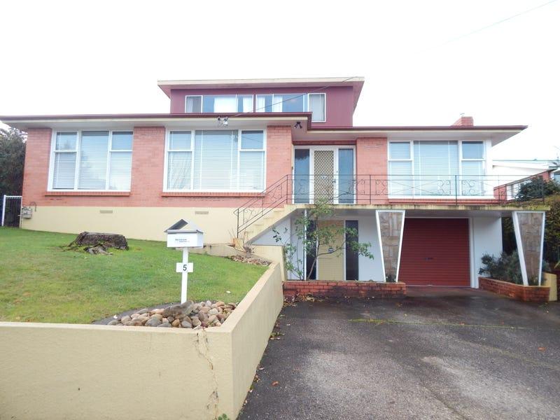 5  Sharon Court, Devonport, Tas 7310