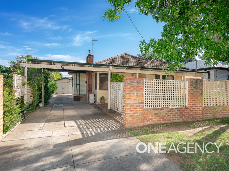 53 HEYDON AVENUE, Turvey Park, NSW 2650