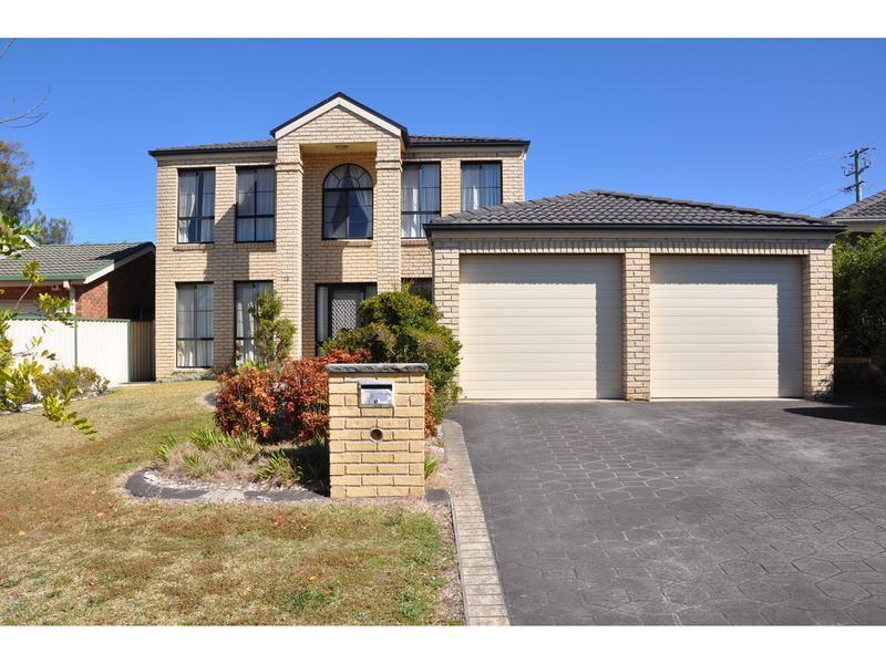 28 Macintyre Street, Bateau Bay, NSW 2261