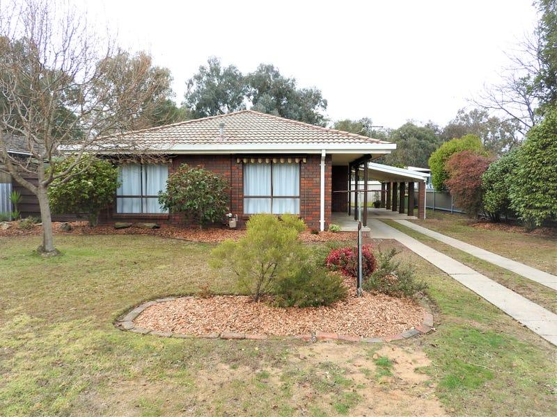 10 Sunwood Drive, Lavington, NSW 2641