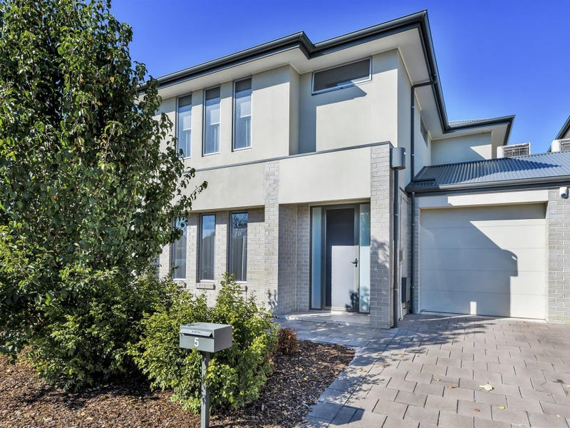 5 Hotham Street, Hope Valley, SA 5090