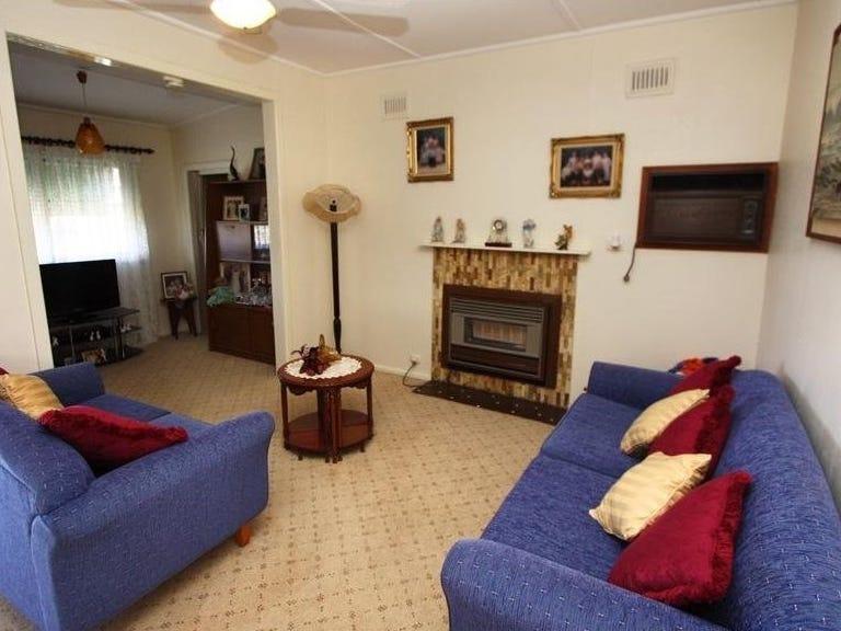 20 Elizabeth Street, North Wagga Wagga, NSW 2650