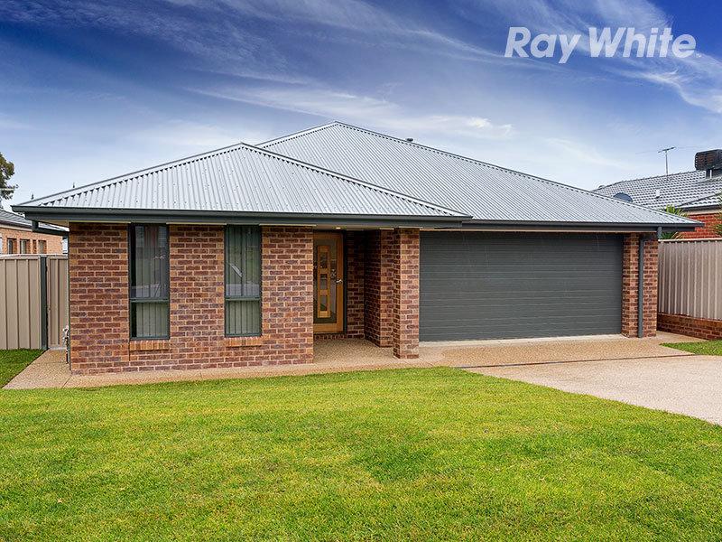 28 Chafia Place, Lavington, NSW 2641