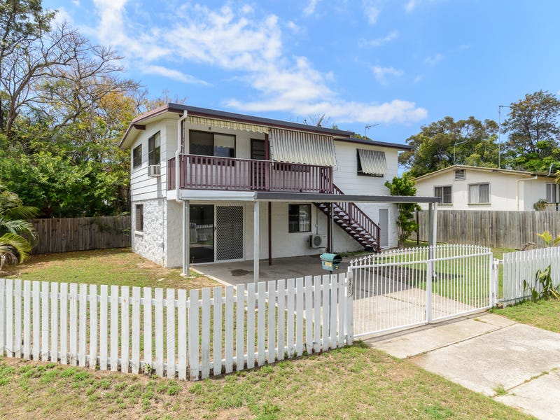 2 Golding Street, Barney Point, Qld 4680